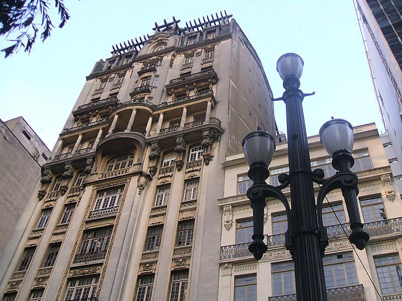 Edifício_Sampaio_Moreira